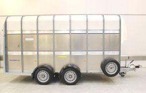 Ifor Williams TA510 14x7 Enkeltdæk m/rampe med 2 skillerum og VindSkærm